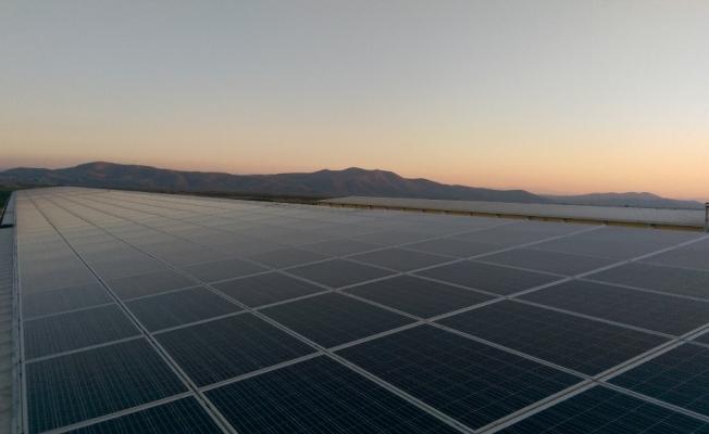 Mobil güneş enerji santrali üretmeyi başardı