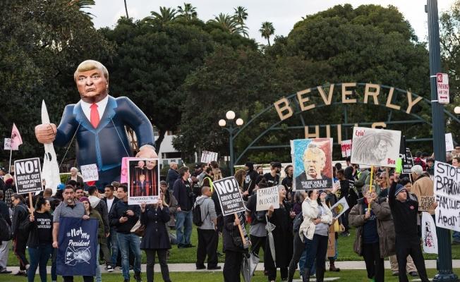 Trump Kaliforniya'da protesto edildi