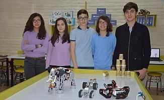 Ortaokul öğrencilerinden insansız keşif kara aracı