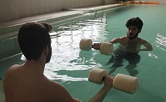 Termal suyla hidroterapi felçli hastalara umut oldu