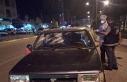 Otomobilin önünü kesip levyelerle saldırdılar:...