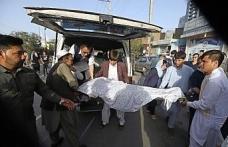 Afganistan'da kanlı saldırının bilançosu 48 oldu