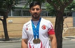 Daniyar İsmayilov'dan iki altın madalya