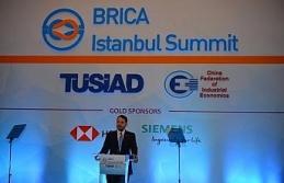 """""""Türkiye yeni bir ekonomik başarı hikayesi yazıyor"""""""