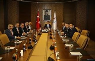 Bakan Bak Trabzonspor yönetimini kabul etti