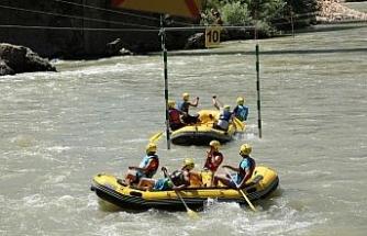 Rafting Türkiye Şampiyonası'nda kıyasıya mücadele