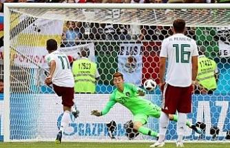 Meksika Güney Kore'yi 2-1'le geçti