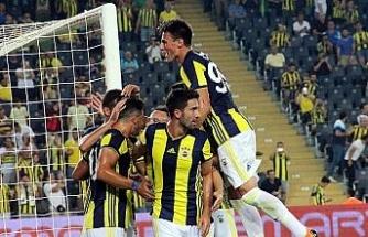 Fenerbahçe ilk yarıda 3 gol buldu