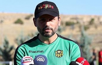 Evkur Yeni Malatyaspor'da ideal kadro arayışları