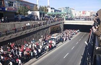 20 bin kişi sağlık için yürüdü