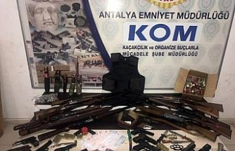4 ilde suç örgütü operasyonu: 22 gözaltı