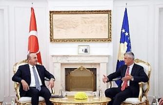 Çavuşoğlu Kosova Cumhurbaşkanı ile görüştü