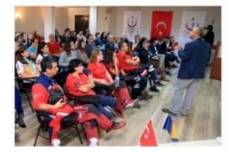 Bosna Hersekli Sağlık Personeline Acil Sağlık Eğitimi