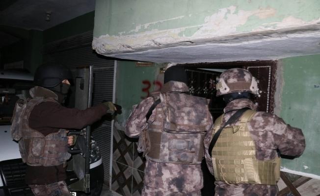Adana'da terör propagandası operasyonu
