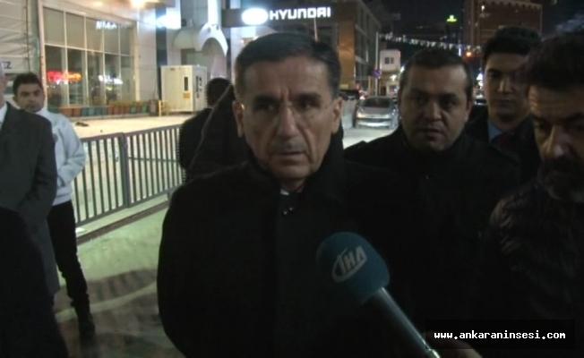 """Ankara Valisi Topaca: """"3 kişi hafif şekilde yaralandı"""""""