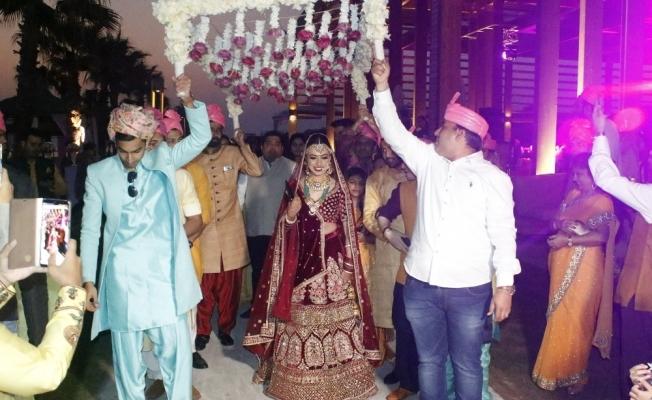 Antalya'da milyonluk Hint düğünü