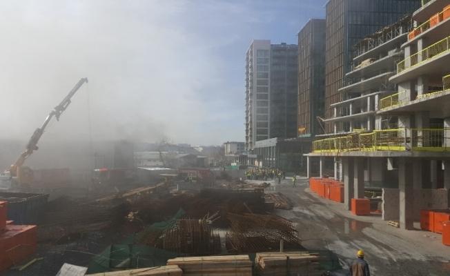 Ataköy'de inşaat işçilerinin şantiyesinde yangın çıktı