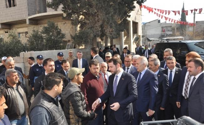 Bakan Albayrak Suriye sınırında