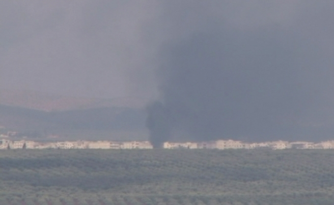 Cenderes'teki terör mevzilerinden dumanlar yükseliyor