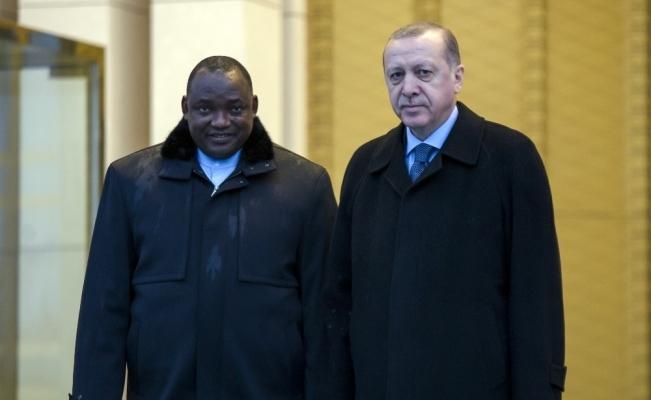 Cumhurbaşkanı Erdoğan Gambiyalı mevkidaşını resmi törenle karşıladı