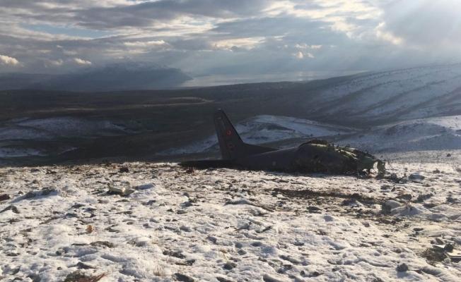 Düşen uçağın parçaları havacılık okulunda sergilenecek