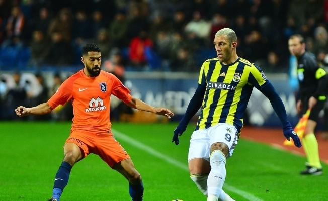 Fenerbahçe, Başakşehir'i devirdi