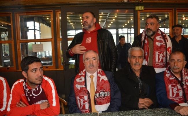 Fethi Sekin'in babası Elazığspor'u yalnız bırakmadı