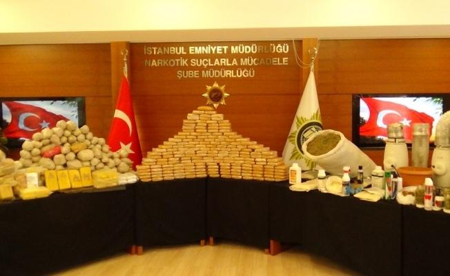 İstanbul'da uyuşturucu operasyonları: Yaklaşık 350 kilo