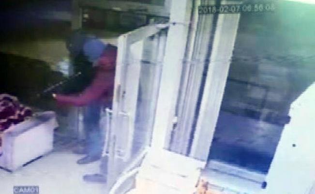 Konya'da akaryakıt istasyonunda pompalı tüfekli gasp