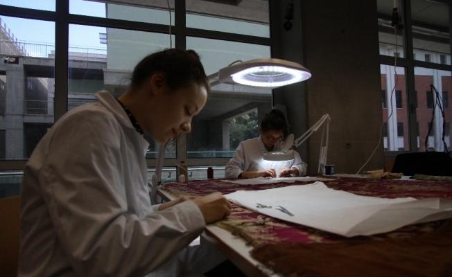 Osmanlı'dan kalma tekstillere Finlandiyalı öğrenciler hayat veriyor
