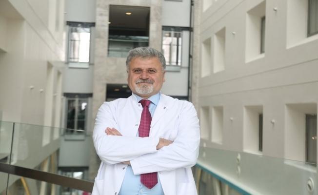 Safra ve pankreas kanalı hastalıkları için 'ERCP' yöntemi