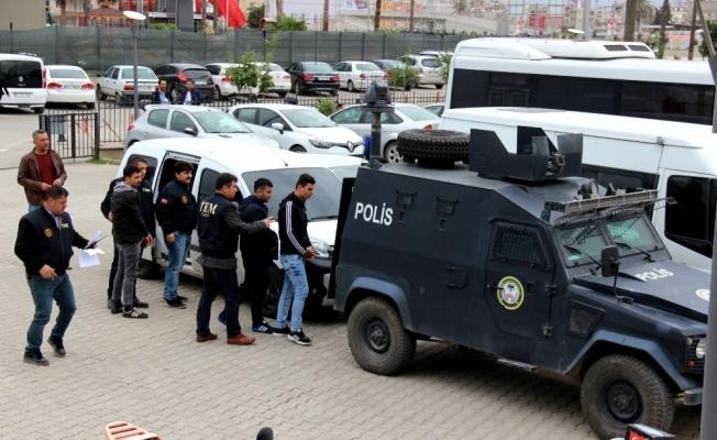 Sosyal medyadan terör propagandasına 5 tutuklama
