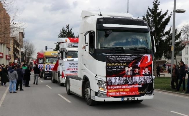 Tırcılardan Mehmetçik'e destek konvoyu