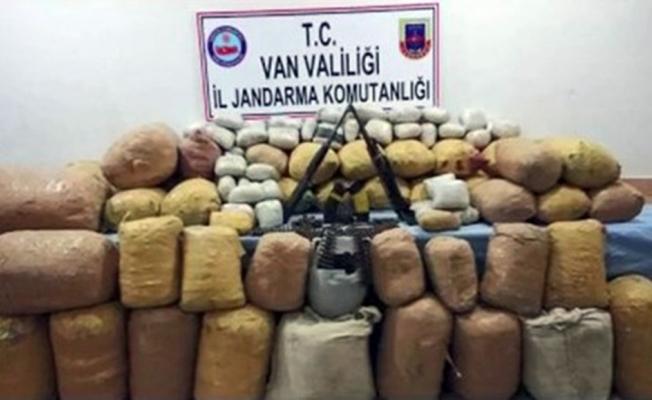 Van'da jandarmadan narko-terör operasyonu