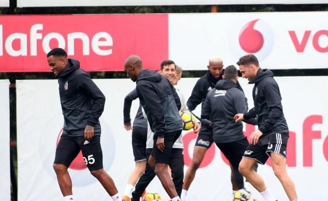 Başakşehir maçı hazırlıkları ara vermeden başladı