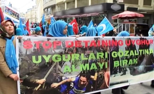 Beyoğlu'nda 700 kişi Doğu Türkistan için yürüdü