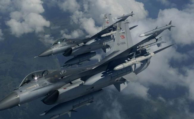 Kuzey Irak'a hava harekatı: 12 terörist !