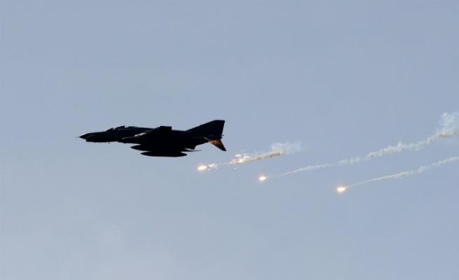 Kuzey Irak'a hava harekatı: 9 terörist daha
