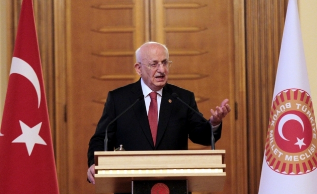 """Meclis Başkanı Kahraman'dan """"14 Mart Tıp Bayramı"""" mesajı"""