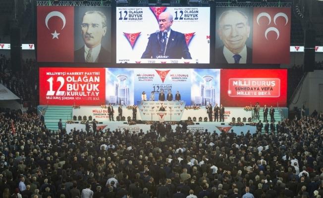 MHP kurultayında oylama başladı