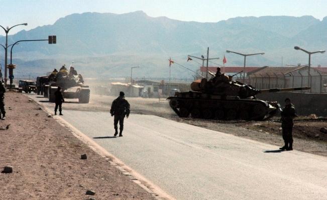 TSK, Afrin'e giriş çıkışları kapattı