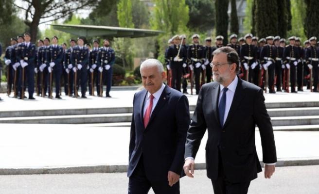 Başbakan Yıldırım İspanyol mevkidaşıyla görüştü