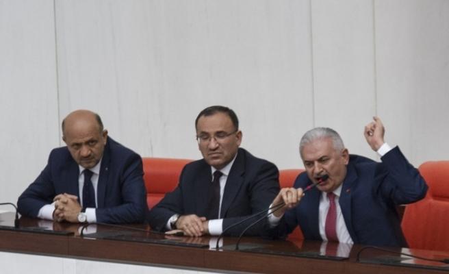 Başbakan Yıldırım'dan CHP'li Özel'e sert cevap