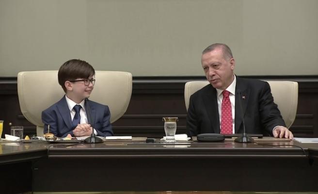 Cumhurbaşkanı Erdoğan makamını Fatih Mintaş'a bıraktı