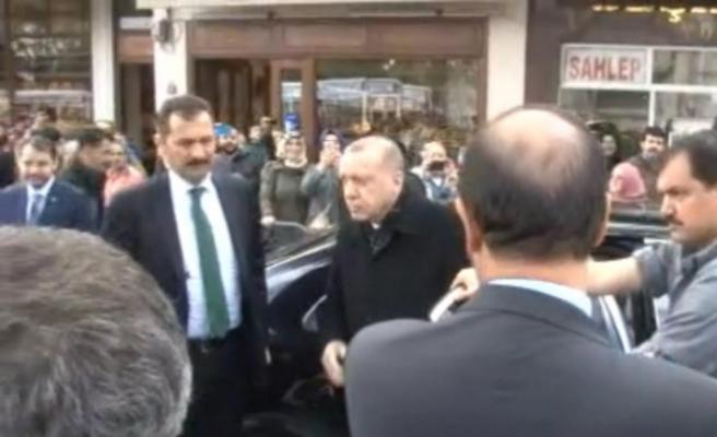 Erdoğan Cuma namazını Eyüp Sultan Camii'nde kıldı