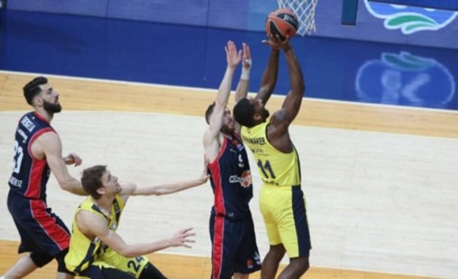 Fenerbahçe Doğuş, Final Four'a çok yaklaştı