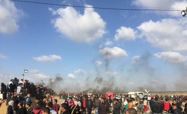İşgalci İsrail 49 Filistinliyi yaraladı