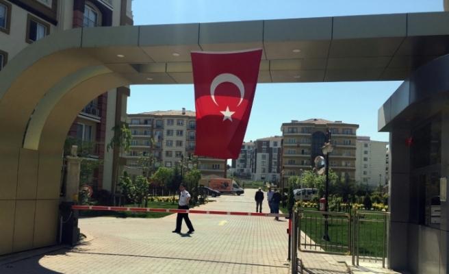 İstanbul'da lüks sitede dehşet