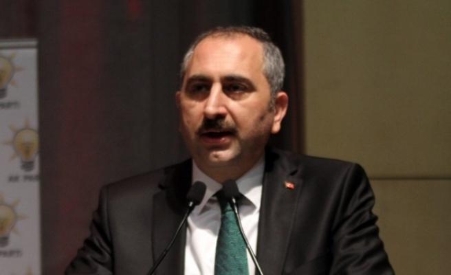 Bakan Gül'den ABD'ye 'Hakan Atilla' tepkisi