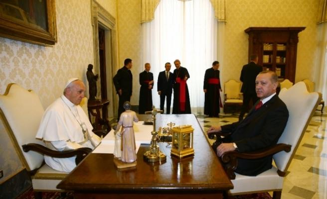 Cumhurbaşkanı Erdoğan, Papa ile Kudüs'ü görüştü